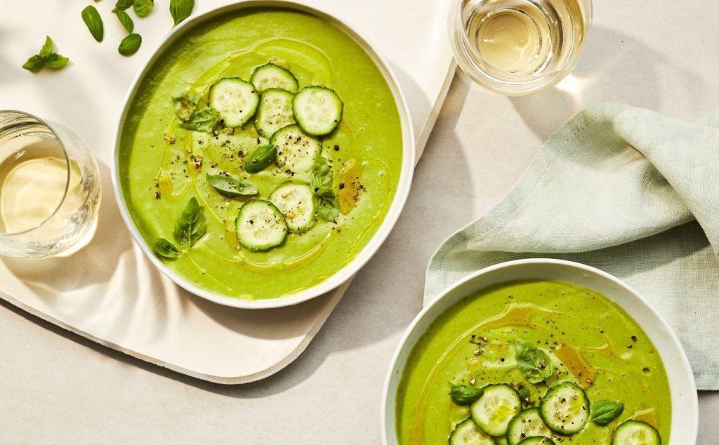 Холодний суп з огірків
