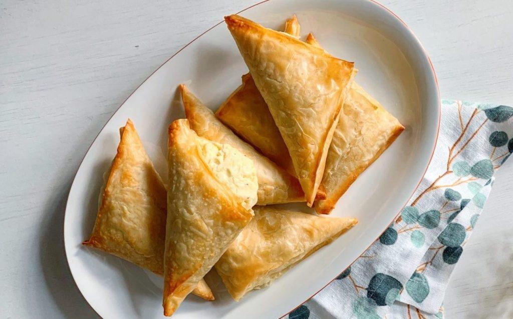 Тіропіта – грецька закуска з яєчно-сирною начинкою