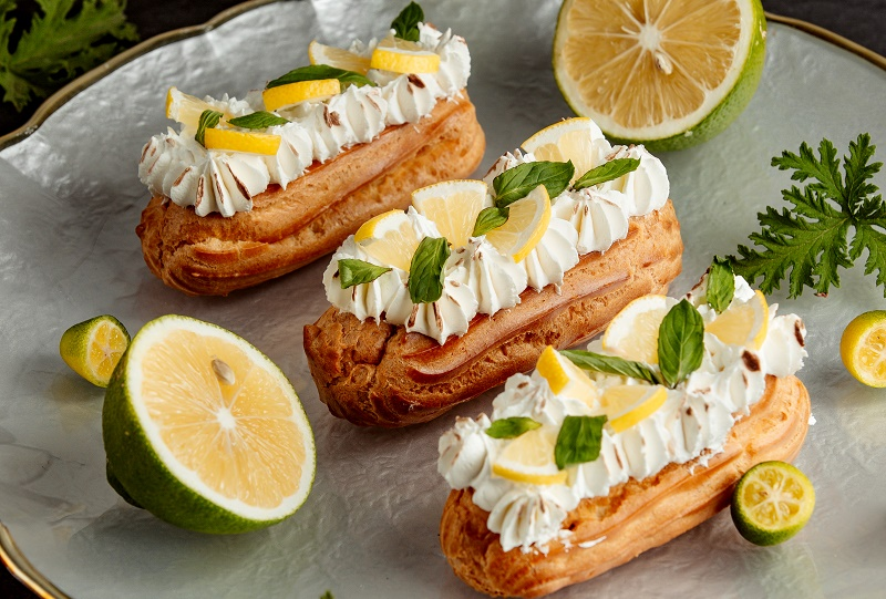 Лимонні еклери