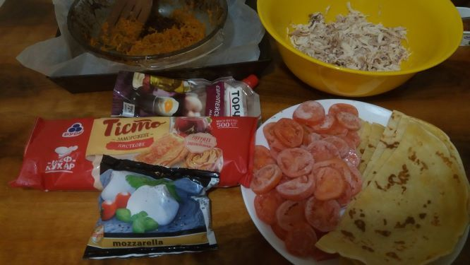 firmovii-pirig-z-kurkoyu-ta-pomidorami-cheri_7.jpg (39.59 Kb)