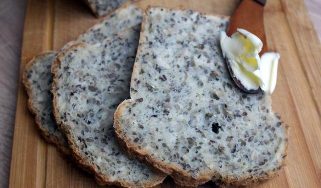 Хліб з насінням (без очікування)