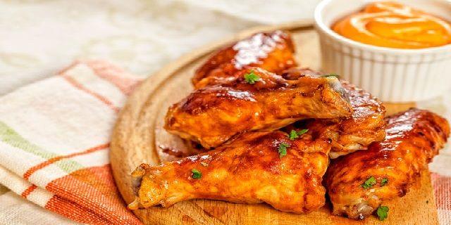 Курячі крильця в пряно-солодкому соусі