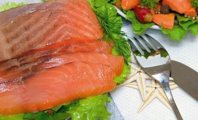 Малосольний лосось в домашнім умовах