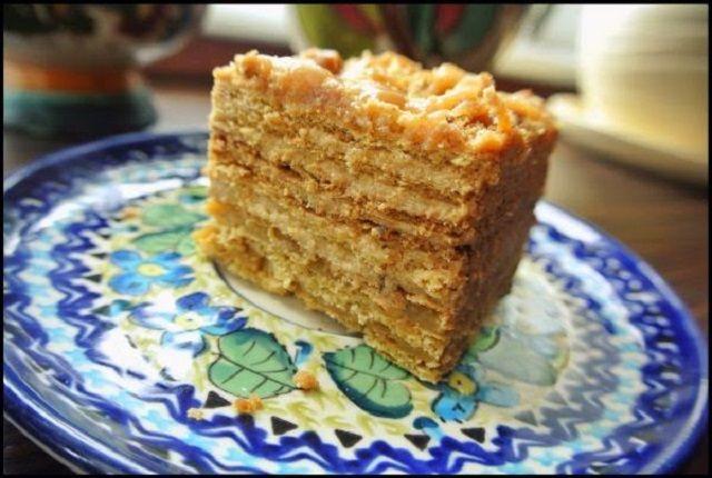 Торт Медовий із яблучним кремом