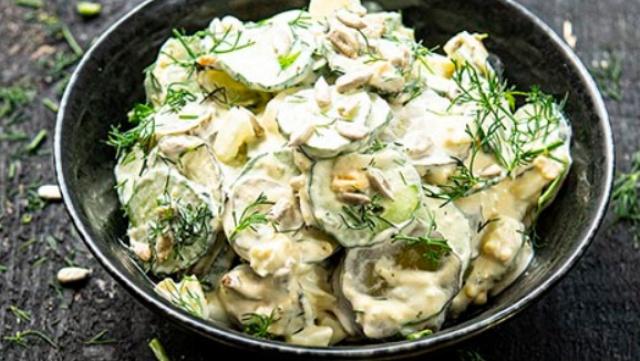 Огірковий салат