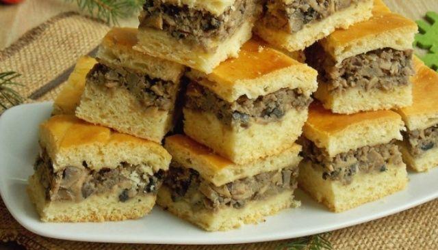 Пиріг з грибами до борщу