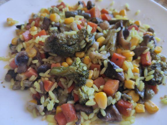 Рис карі з овочами