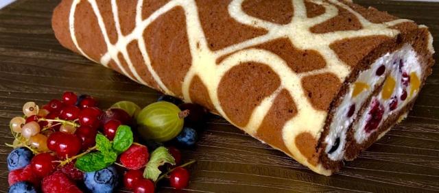 Рулет з ягодами (чи фруктами) Жирафа