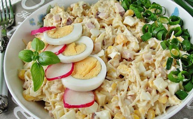 Салат із селери та яєць