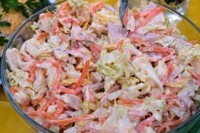 Салат м'ясний