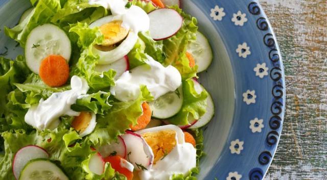 salat_z_molodih_ovochiv_1.jpg (47.1 Kb)
