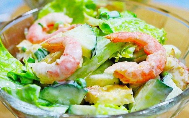 salat_z_pekunskoyu_kapustoyu_kivetkami_ta_ananasami.jpg (75.39 Kb)