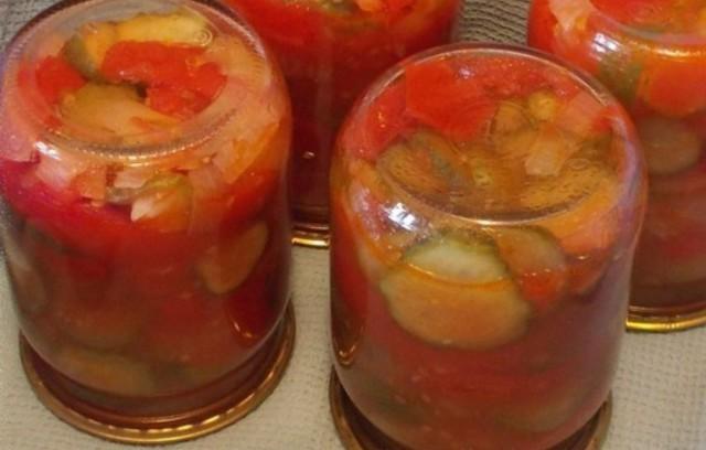 Салат з помідорів і огірків на зиму