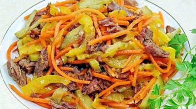 Салат з яловичини та корейської моркви