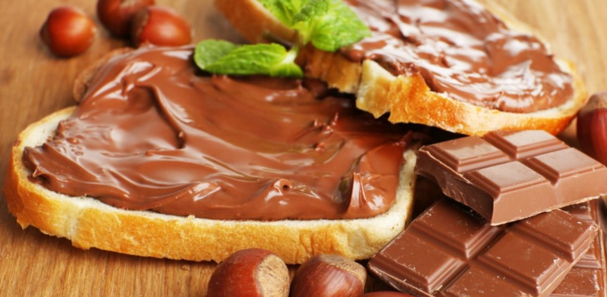 Шоколадно-горіхова паста в домашніх умовах (2 найкращі рецепти)