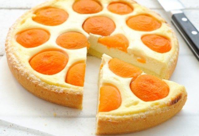 Сирний тарт з абрикосами