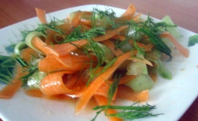 Смачний салат, прості продукти…