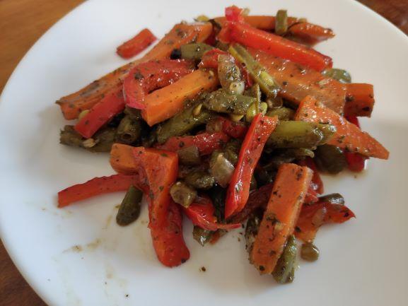 Тушковані овочі під соєвим соусом