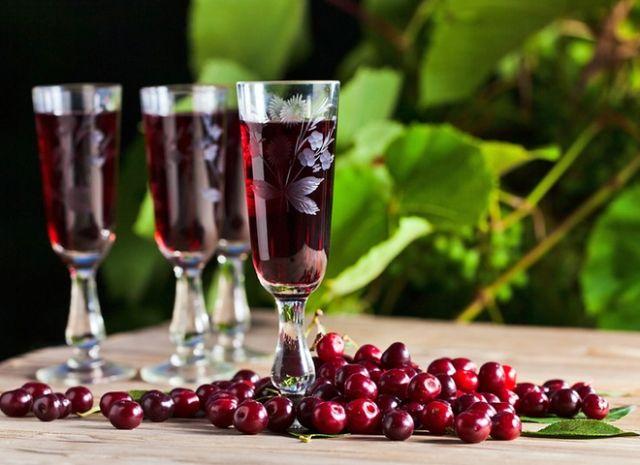 Рецепти вишневих наливок